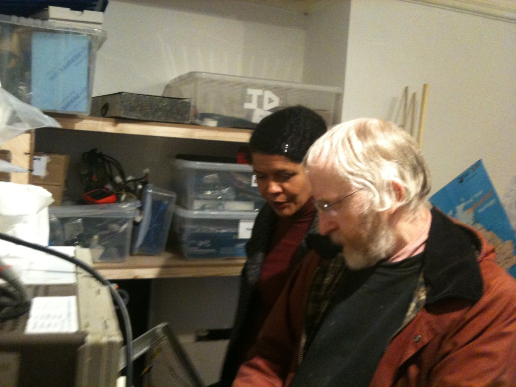 Colin shows Chi the 3D printers